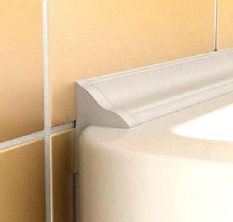 Стик між ванною і стіною