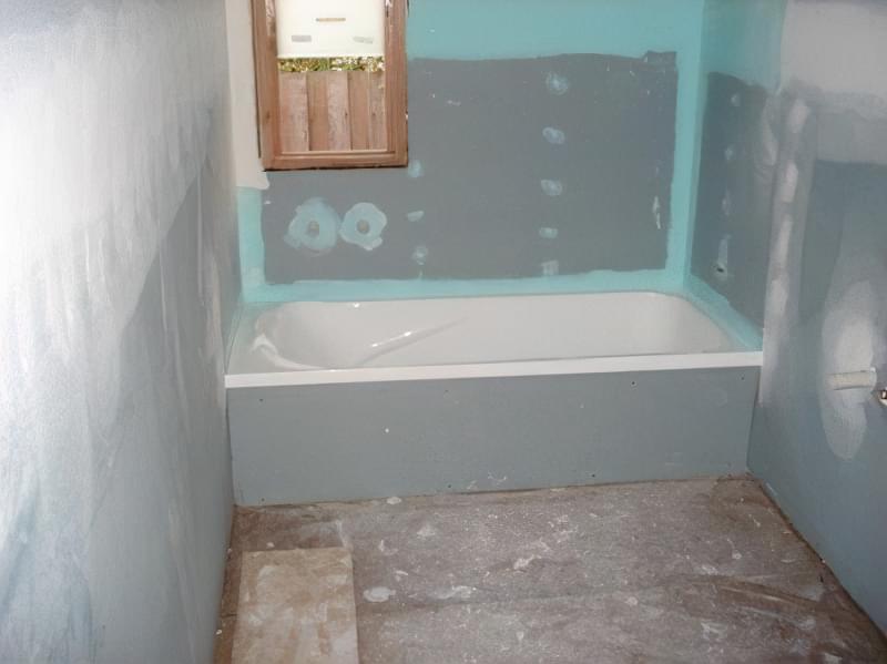 обробка стін в ванній