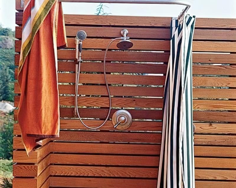 """Фото №14 Оригінальний """"кутовий» вуличний душ"""