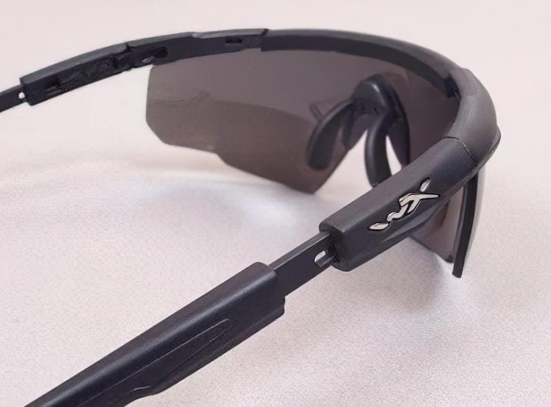 Як вибрати захисні окуляри