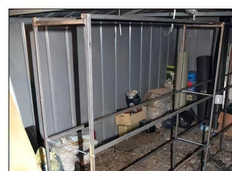 Стелажі в гараж