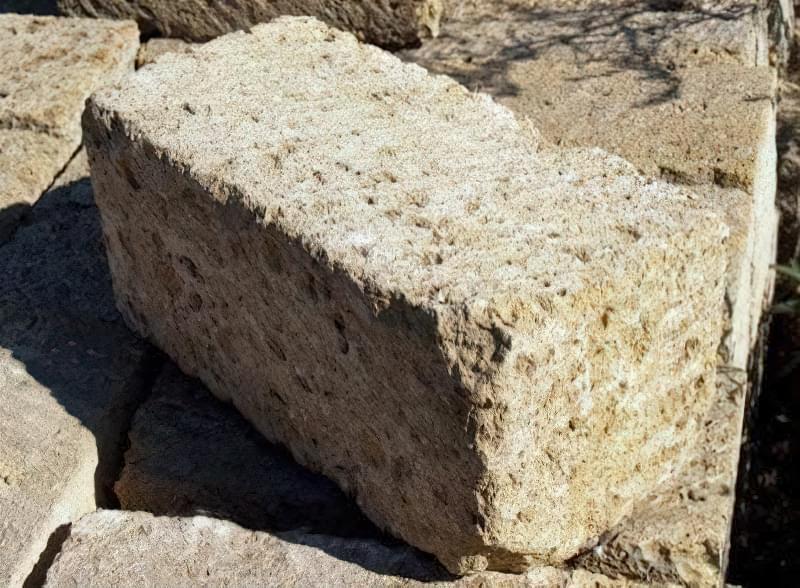 Приклад зовнішнього вигляду блоку М25