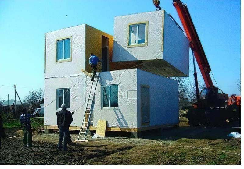 Монтаж модульного будинку
