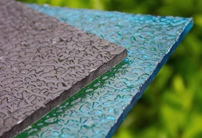 Фактурний полікарбонат - міцний і естетичний світлорозсіювальний матеріал