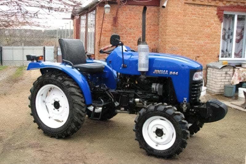 Jinma JM 244 - середня ціна нового трактора на 2016 рік від 120 000 грн.