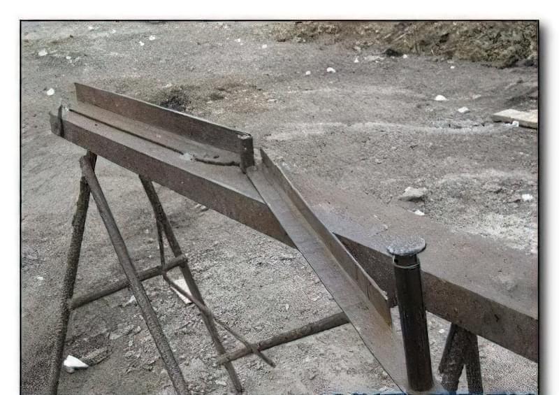 Пристрій для згинання арматури 72
