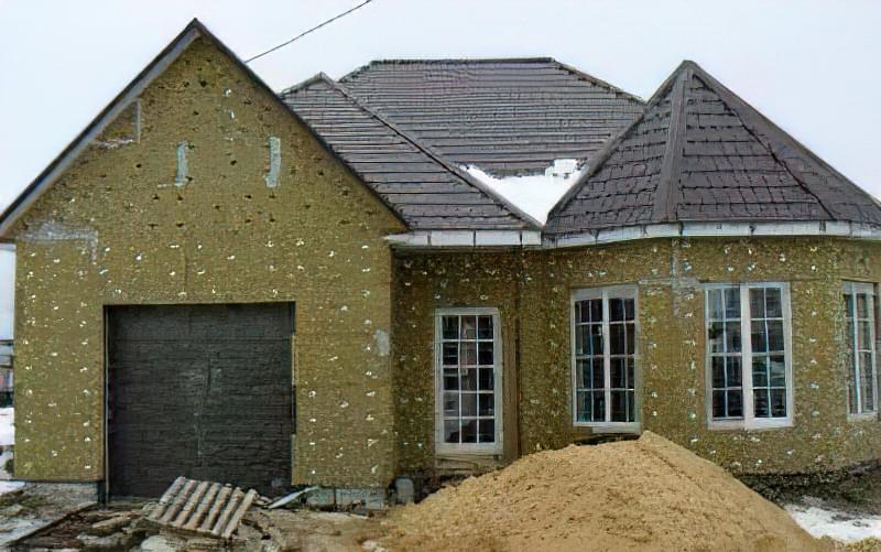 Чим утеплити фасад будинку: матеріали та технології 62