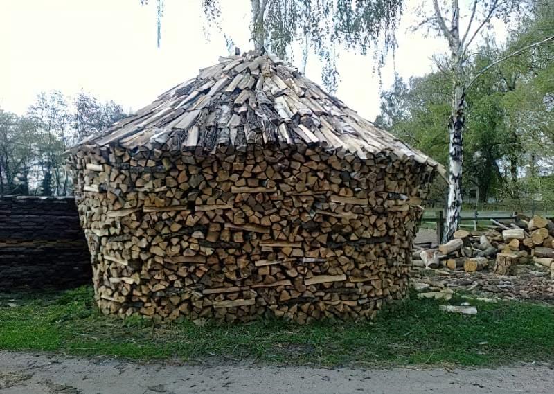 Способи укладання дров на ділянці: як скласти стіс своїми руками? 2