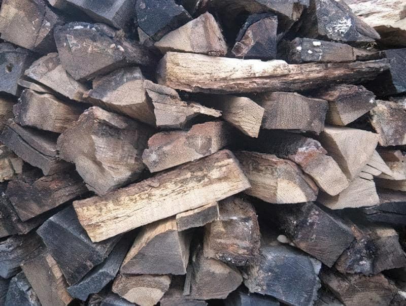 Способи укладання дров на ділянці: як скласти стіс своїми руками? 8