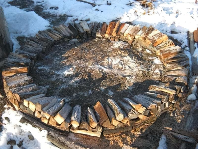 Способи укладання дров на ділянці: як скласти стіс своїми руками? 5