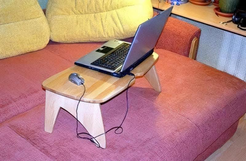 Ідеї для створення підставок і столиків під ноутбук своїми руками 7