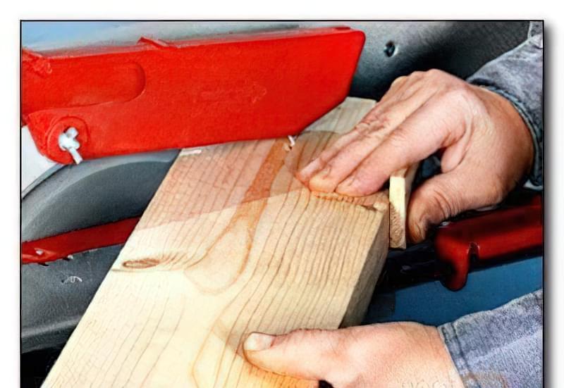 Простий деревообробний верстат 28