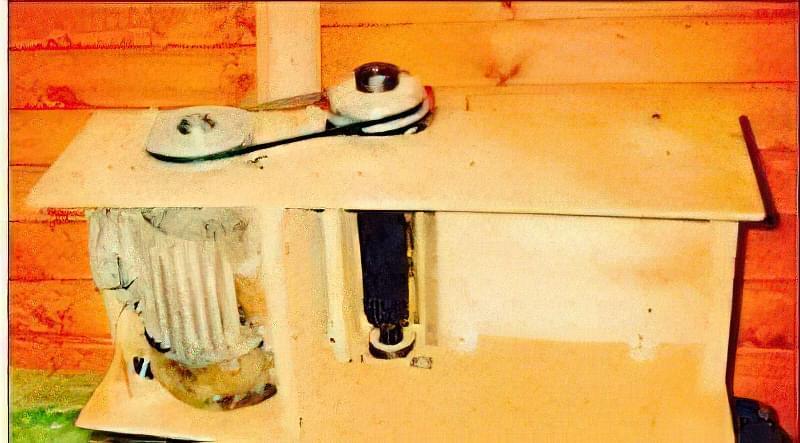 Простий деревообробний верстат