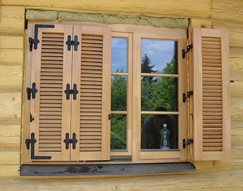 Складнівіконниці – варіант для великого вікна