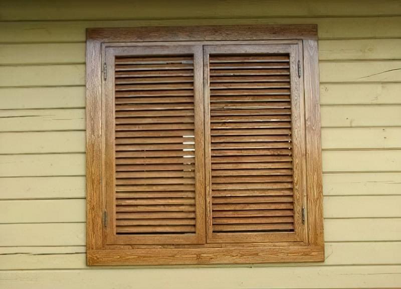 Віконниці: види та виготовлення своїми руками 1