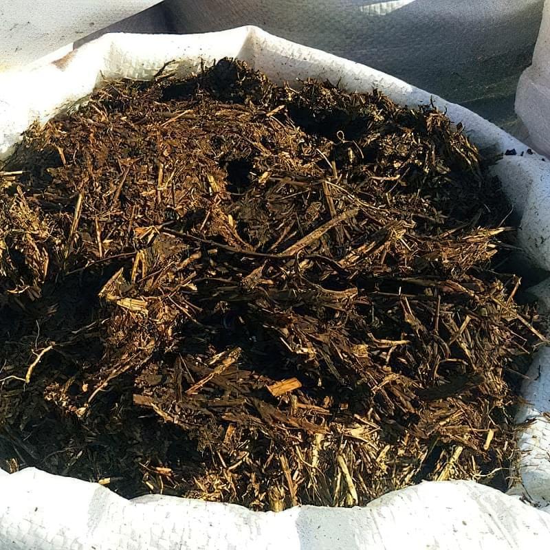 Органічний компост в мішках