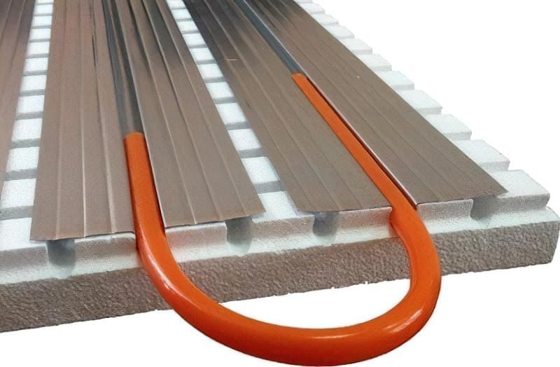 Як зробити теплу підлогу в дерев'яному будинку: варіанти пристрою і монтажу 1