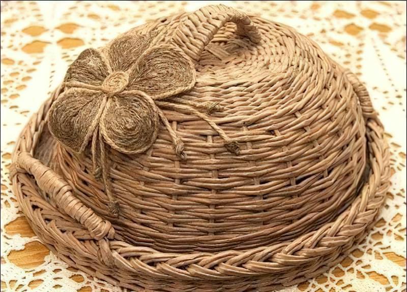 Хлібниця з газетних трубочок 5