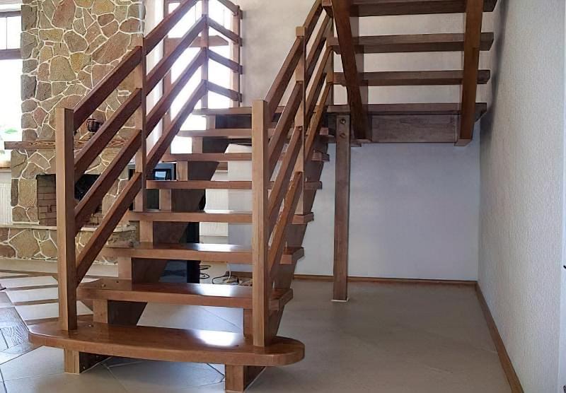 Одноповерховий чи двоповерховий будинок: плюси і мінуси, що дешевше 6