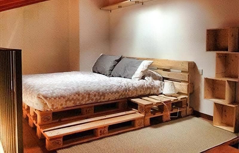 Бюджетне ліжко — ліжко з піддонів своїми руками: ідеї і майстер-клас 10