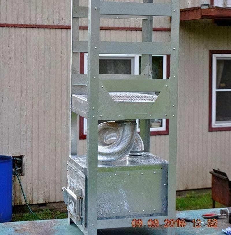 Коптильня холодного копчення в домашніх умовах 2