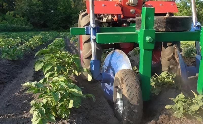 Підгортання картоплі мотоблоком: агротехнічне обгрунтування і нюанси процесу 8