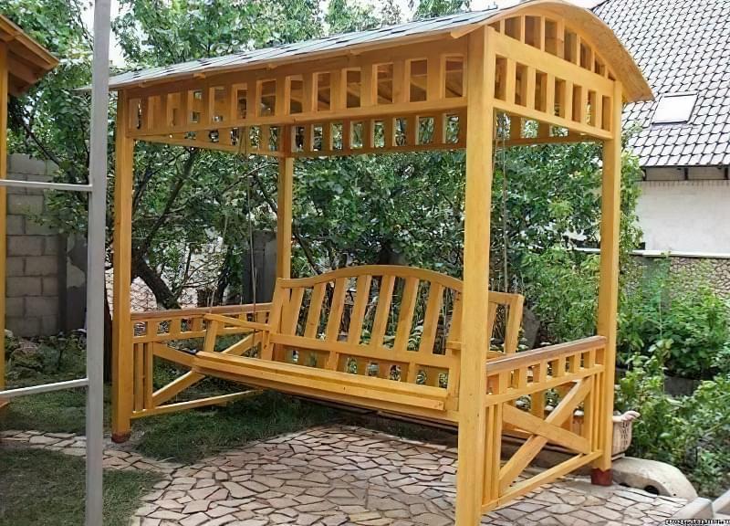 Як зробити садові качелі з дерева: ідеї для натхнення і інструкції по виготовленню 15