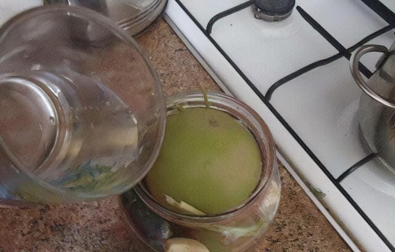 Як засолити зелені помідори? 6