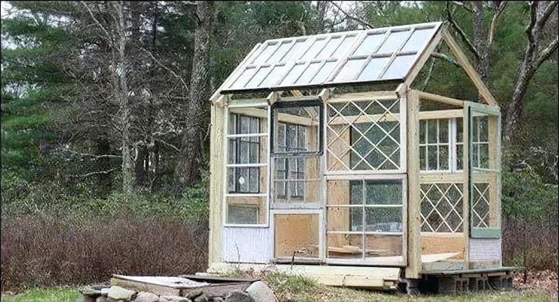 Як зробити альтанку з віконних рам 8