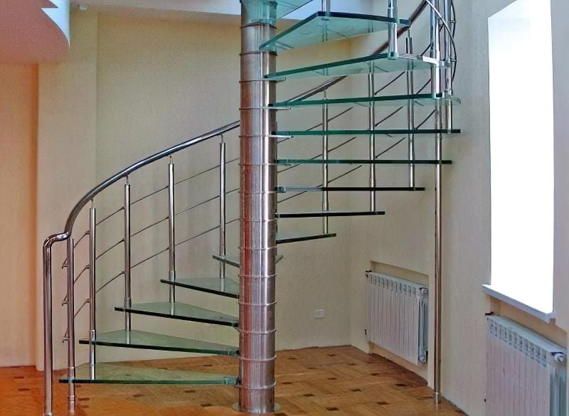Гвинтові сходи на другий поверх 16