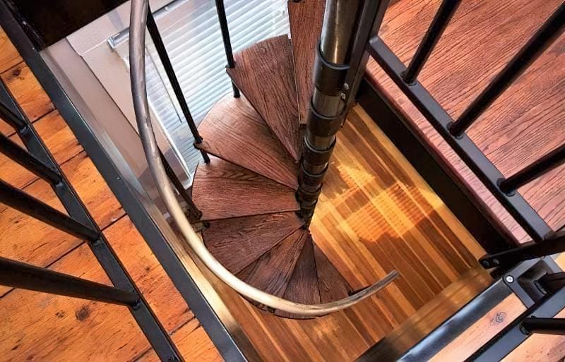 Гвинтові сходи на другий поверх 3