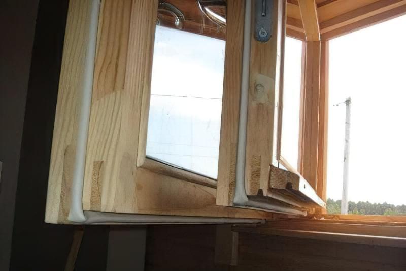 Як утеплити дерев'яні вікна в домашніх умовах 2