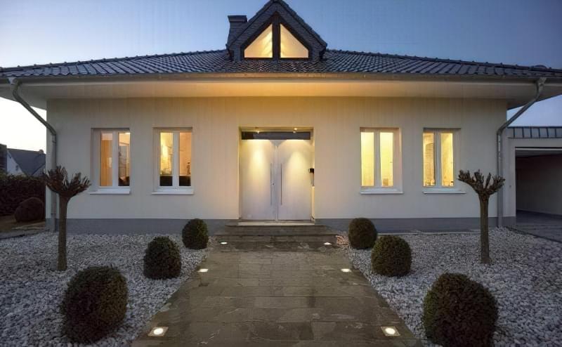 Види вуличних світильників для заміського будинку і особливості їх вибору 4