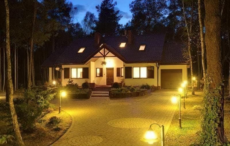 Види вуличних світильників для заміського будинку і особливості їх вибору 7
