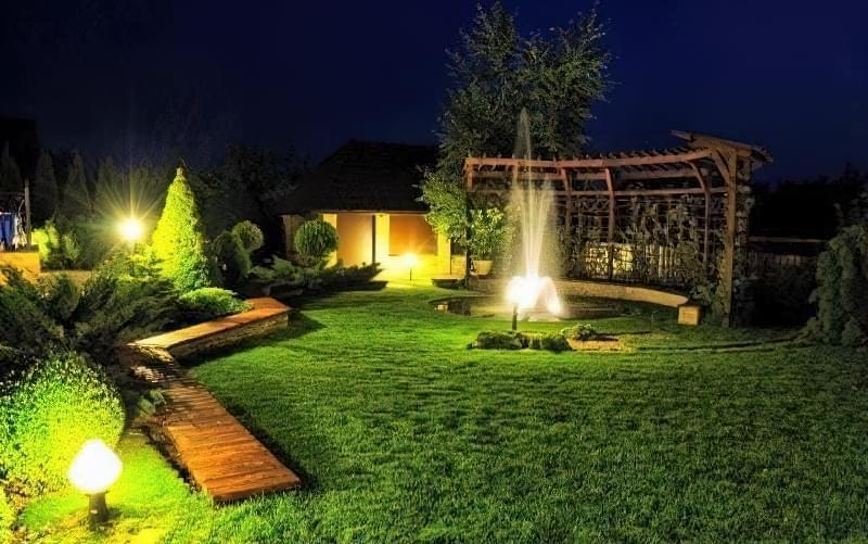 Види вуличних світильників для заміського будинку і особливості їх вибору 1