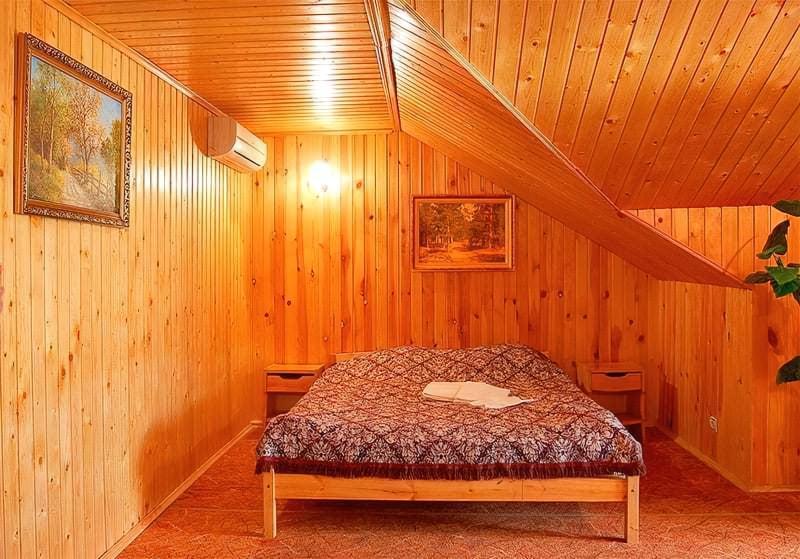 Чим обшити стіни всередині дерев'яного будинку — правильний вибір матеріалу 4
