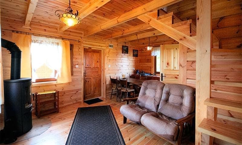 Чим обшити стіни всередині дерев'яного будинку — правильний вибір матеріалу 1