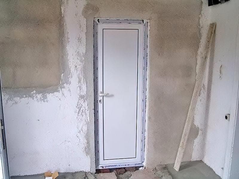 Двері в туалет і ванну 6