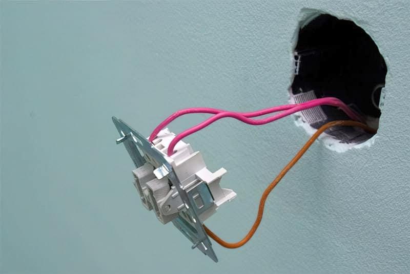 Як правильно підключити вимикач світла 8