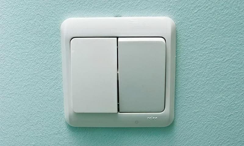 Як правильно підключити вимикач світла 1
