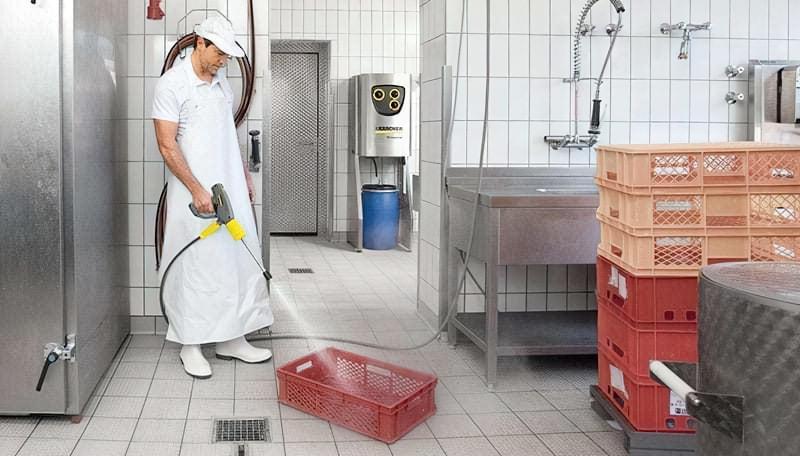 Стаціонарна мийка високого тиску
