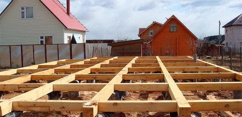 Стовпчастий фундамент для будинку з бруса