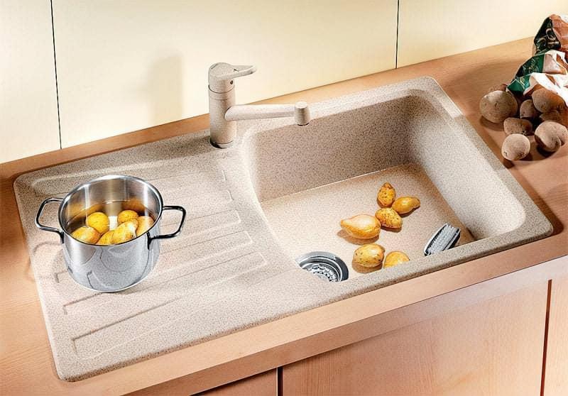 Плюси і недоліки кам'яних кухонних мийок 2