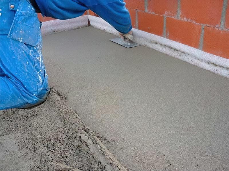 Що таке напівсуха стяжка підлоги, її плюси і мінуси 9