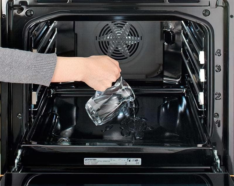 Яке очищення духовки краще – піролітичне, каталітичне або гідролізне 4