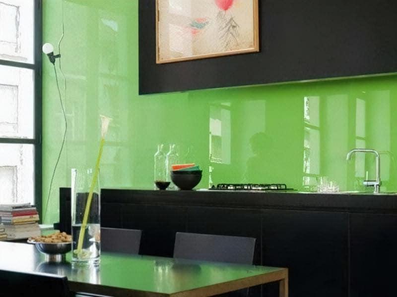 Настінні скляні панелі: можливості дизайну інтер'єру 1