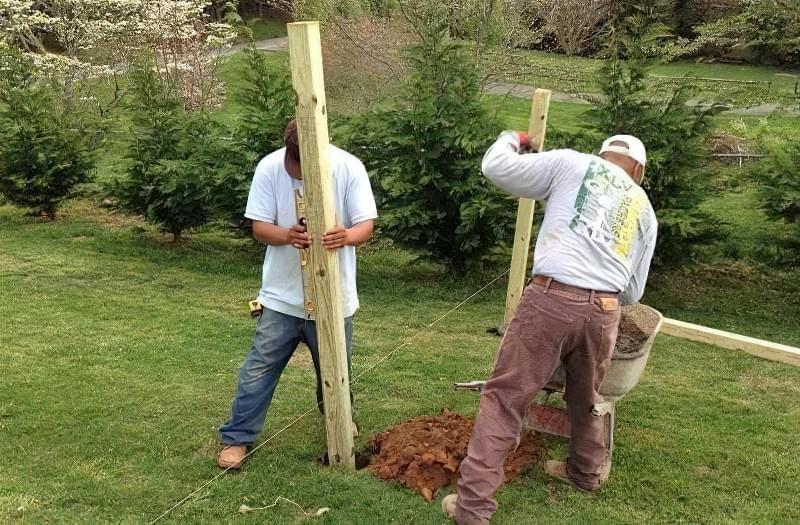 З чого зробити тимчасовий паркан-огорожу на період будівництва? 12