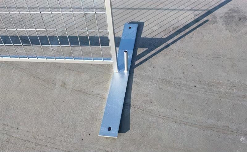 З чого зробити тимчасовий паркан-огорожу на період будівництва? 8