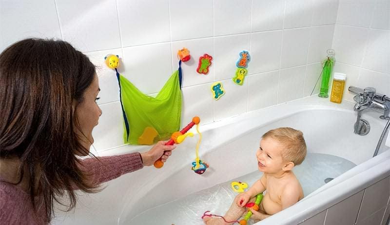 Ванна і дитина