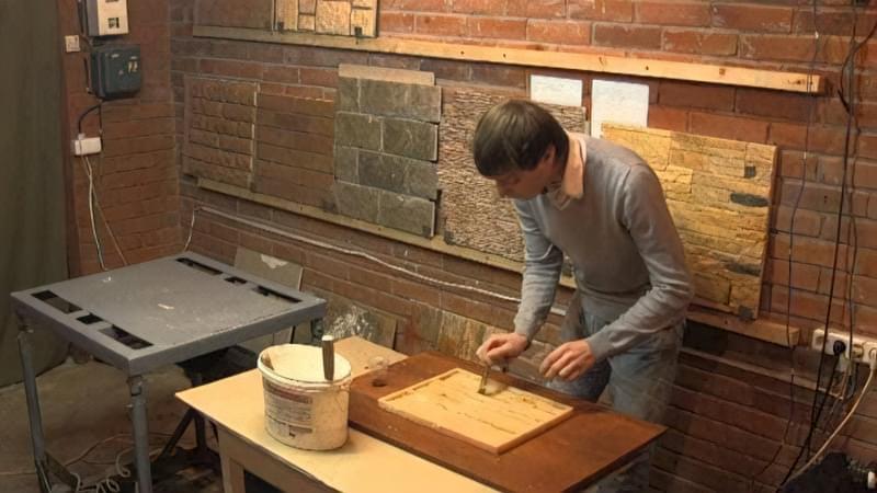Укладання гіпсового декоративного каменю своїми руками 19